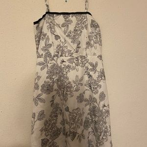 Dress barn black and white floral dress